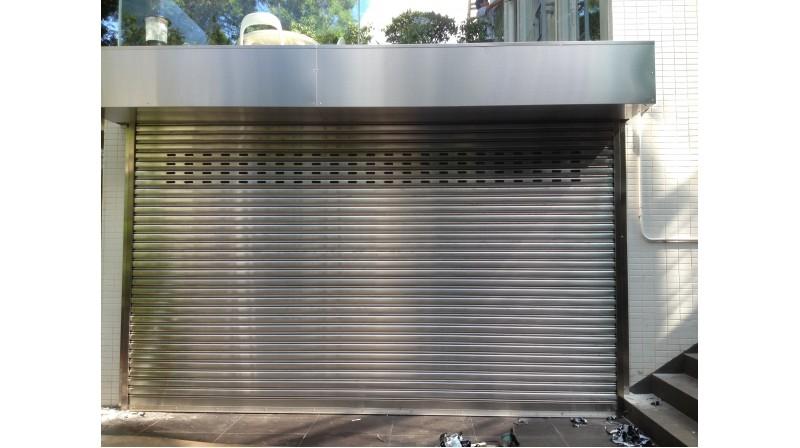 帶閘箱的不銹鋼捲閘